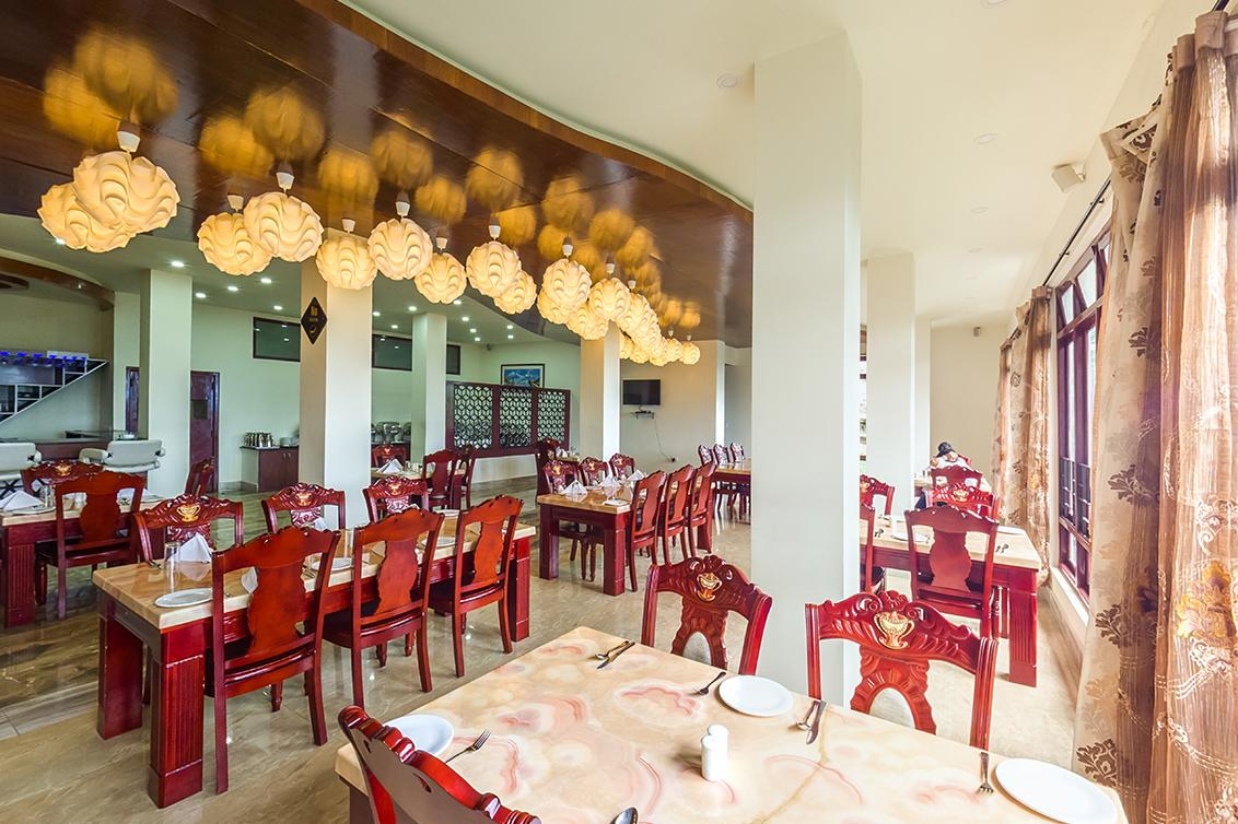 Royal Orchid And Spa Hotel Gangtok Restaurant